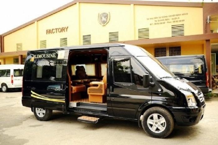 Cho Thue Xe 16 Cho Limousine 1
