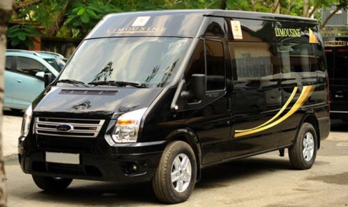 Cho Thue Xe 16 Cho Limousine 2