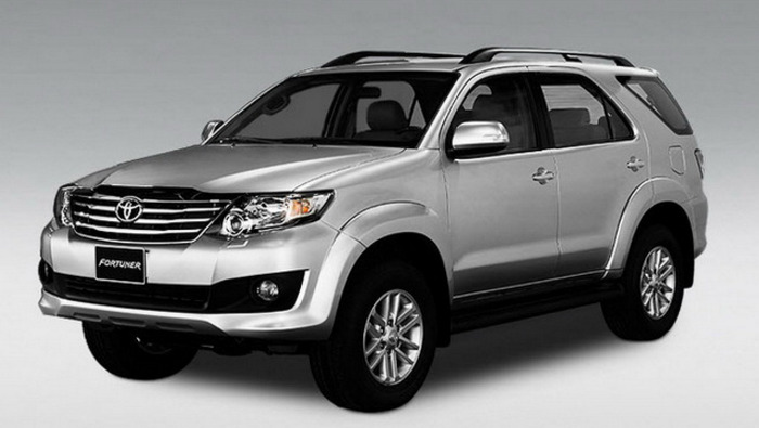 Cho Thue Xe 7 Cho Fortuner 1