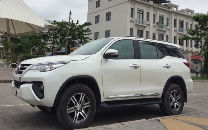 Cho Thue Xe 7 Cho Fortuner