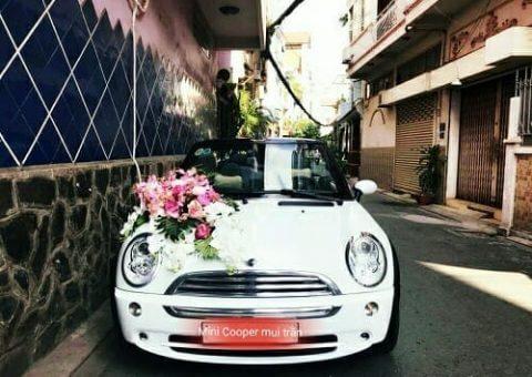 xe cưới mui trần giá rẻ