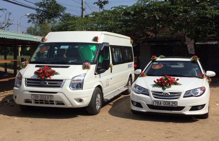 Cho Thue Xe Cuoi Ford 16 Cho