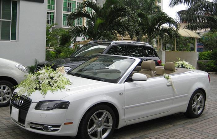 Cho Thue Xe Hoa Audi A4 Mui Tran