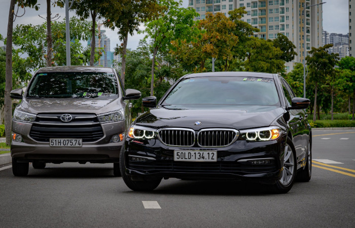 Thue Xe Cuoi Bmw 520i 1