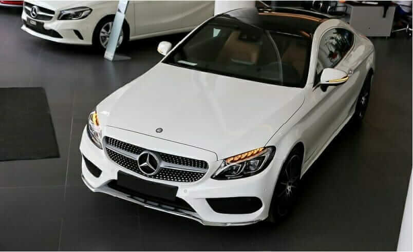 Thuê xe 4 chỗ Mercedes