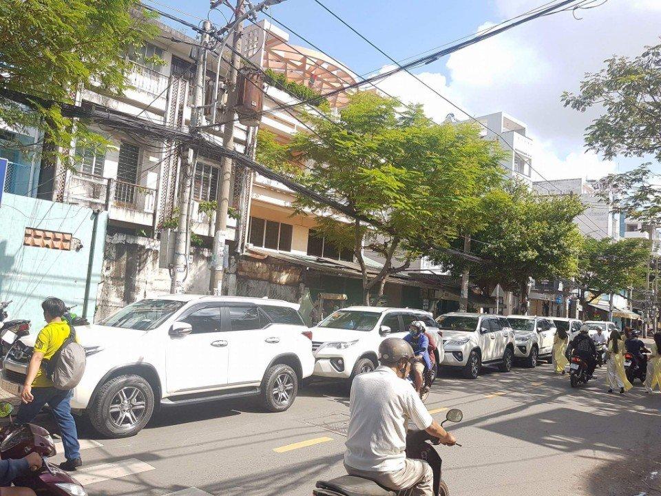 Hệ thống xe 7 chỗ thuê tại Huỳnh Gia