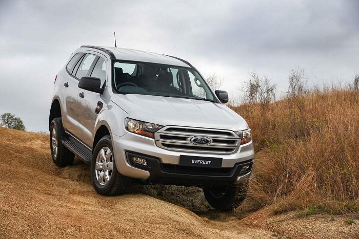 Cho thuê xe Ford Everest giá cực tốt tại TPHCM hiện nay