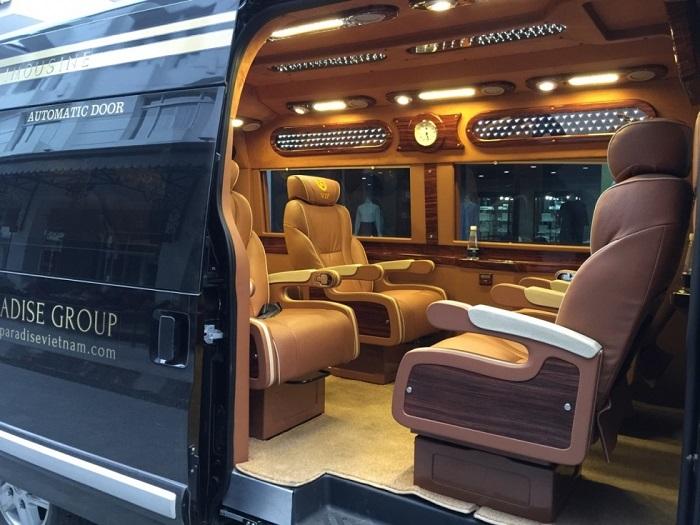 Thue Xe Limousine 2