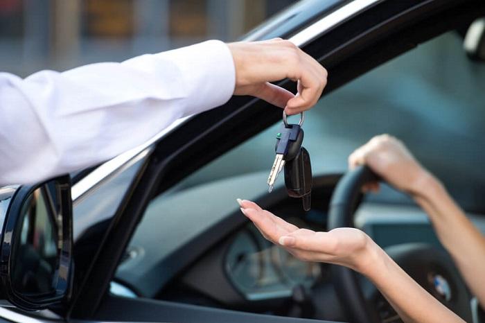 giá cho thuê xe theo ngày hấp dẫn