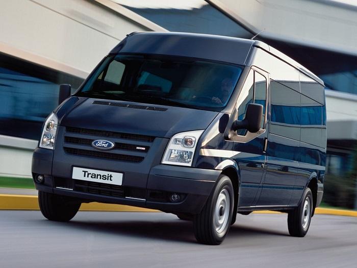 đọc kỹ hợp đồng thuê xe Ford Transit 16 Cho Hcm