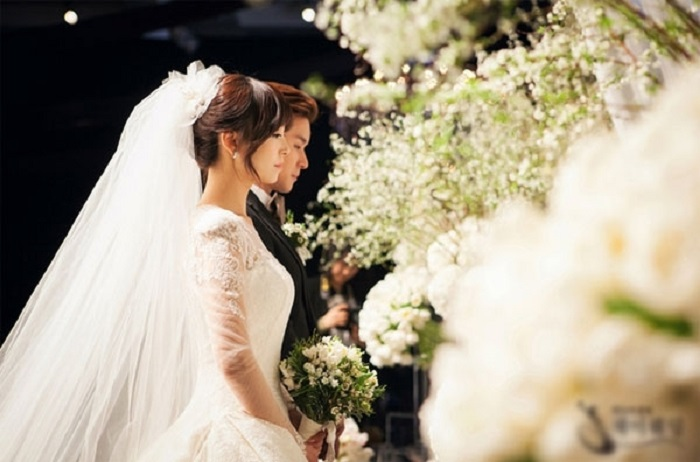 thuê xe hoa cho đám cưới