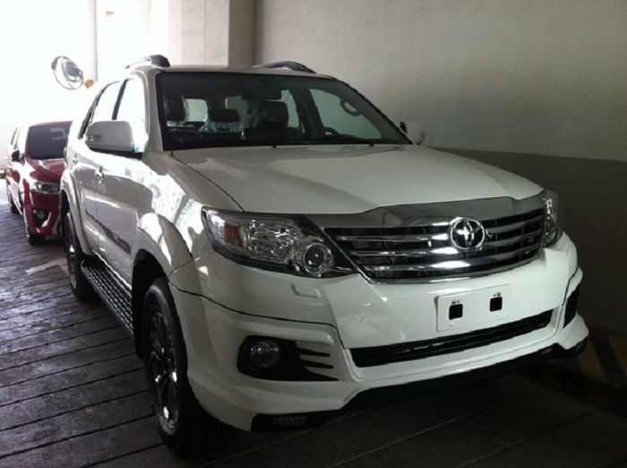 Thue Xe Thang Fortuner 2
