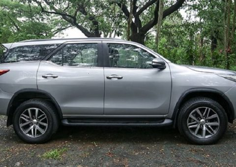 Thue Xe Thang Fortuner 5