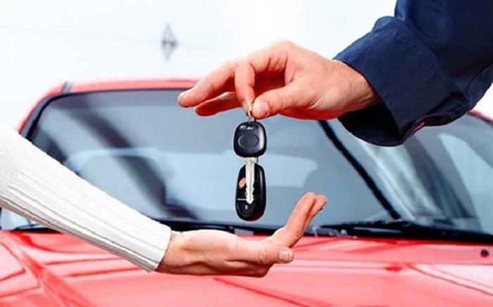 Nên mua xe ô tô hay thuê xe du lịch, bạn đã biết?