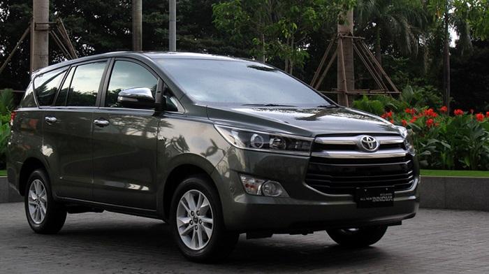 Huỳnh Gia-Chuyên cung cấp dịch vụ thuê xe ô tô có tài xế phục vụ nhanh chóng, nhiệt tình