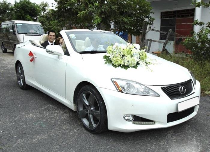 Huỳnh Gia-Chuyên cho thuê xe cưới tại Thành phố Hồ Chí Minh
