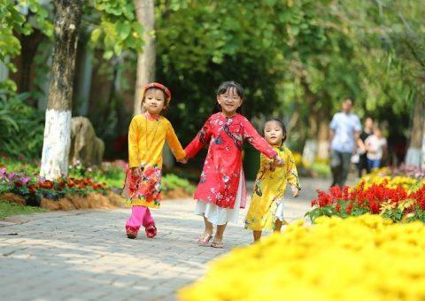 Thue Xe Du Lich 7 Cho Cuoi Nam 2