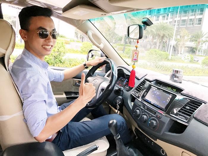 Cần phải kiểm tra giấy tờ xe khi thuê xe tự lái