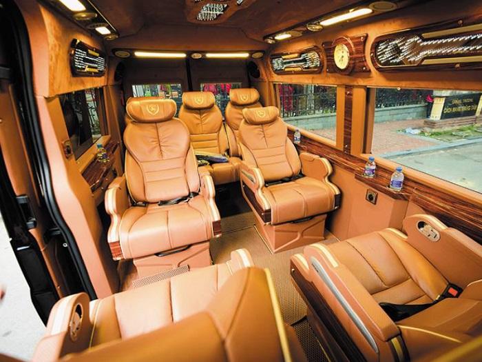 Huỳnh Gia- Công ty cho thuê xe Limousine 9 chỗ uy tín tại TP.HCM