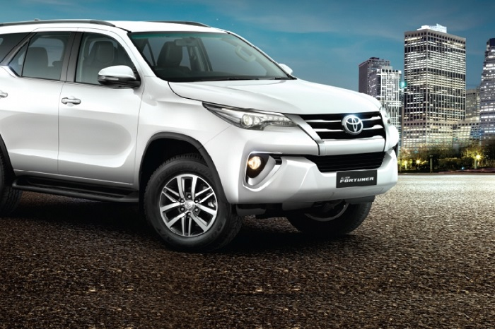 Thue Xe Fortuner 7 Cho