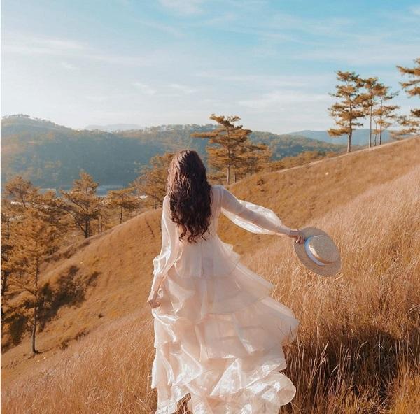 Mac Gi Khi Di Du Lich Tay Nguyen Goi Y Set So Thoi Thuong 3