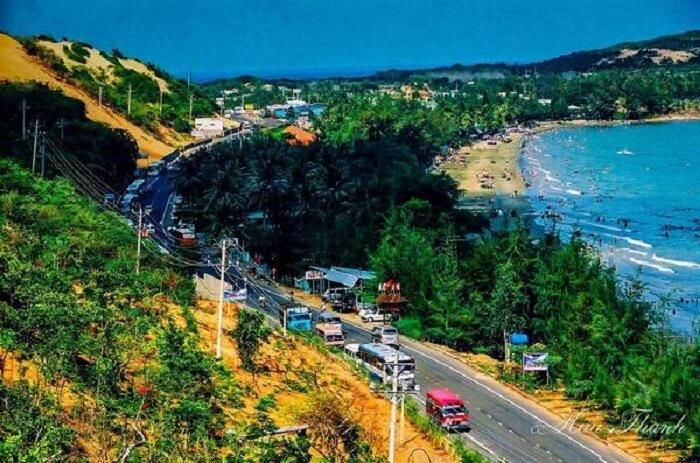 Thuê xe 16 chỗ giá tốt TPHCM đi Du lịch Phan Thiết