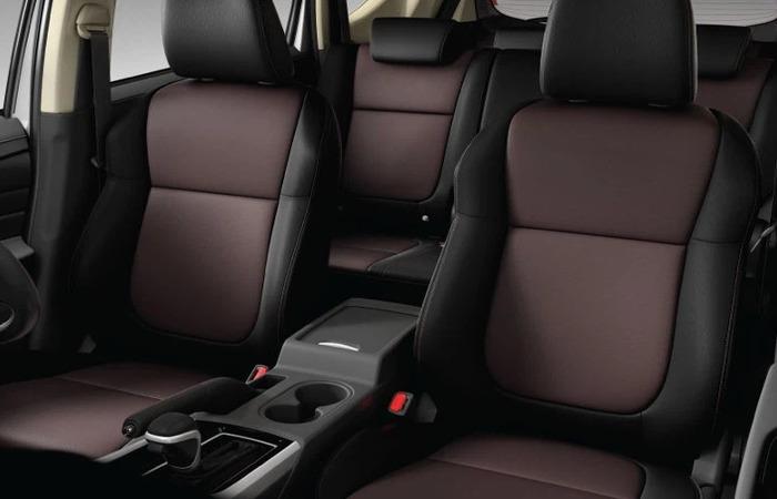 Thue Xe Mitsubishi Xpander 4