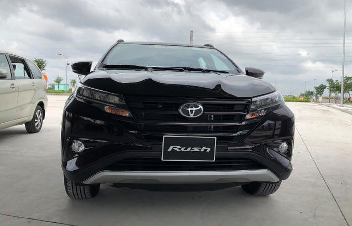 Thue Xe Toyota Rush 2