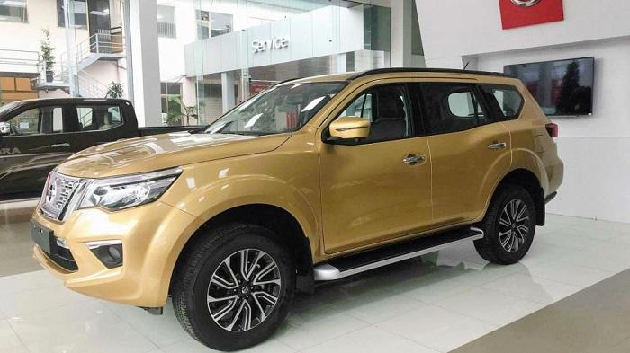 Thue Xe Nissan Terra 1