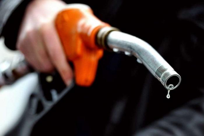 Chi phí xăng xe thường được đơn vị cho thuê xe bao trọn gói khi chọn dịch vụ có tài